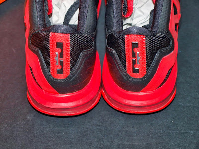 nike air max ambassador 6 gr black red 2 04 Nike Ambassador VI   Black / Red   Available in Asia