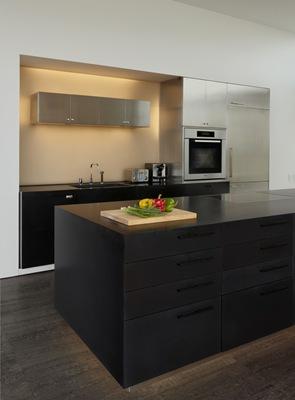 cocina-moderna-muebles-negros