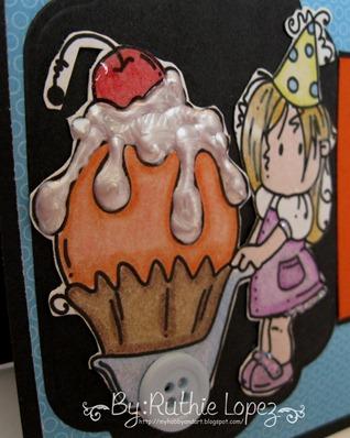 Bugaboo stamps - Brat Cupcake wag - 613 Avenue Create 2