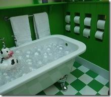 papel higienico banheira via flickr