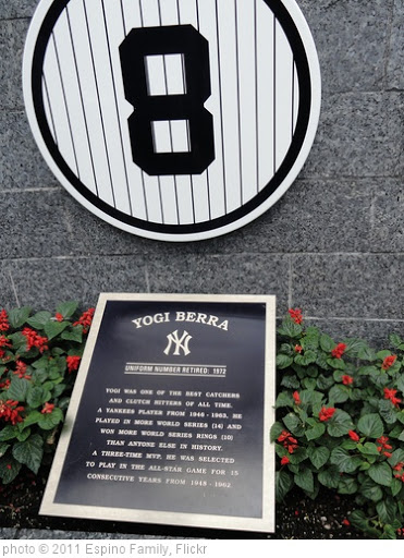 'Yogi Berra Monument' photo (c) 2011, Espino Family - license: http://creativecommons.org/licenses/by-sa/2.0/