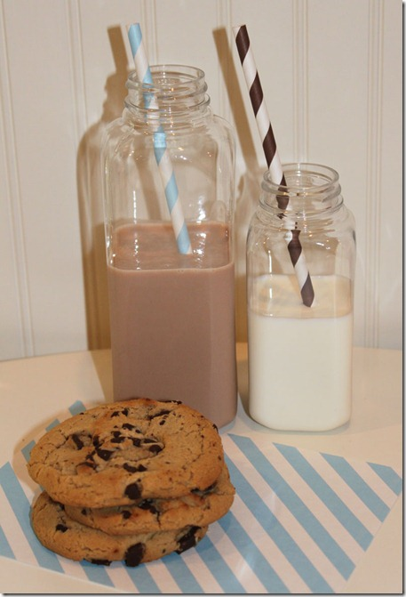 E-Bottle-Milk-Cookies-3-LARGE