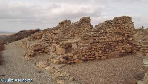 Edificio principal del poblado celtbero de Alto Chacn - Teruel
