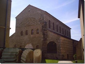 Saint-Pierre-aux-Nonnains-basilica-600x450
