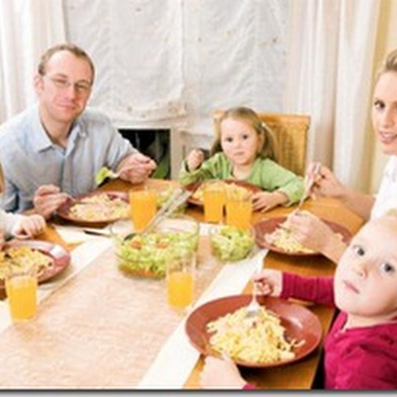 العشاء العائلي يجعل طفلك اكثر صحة