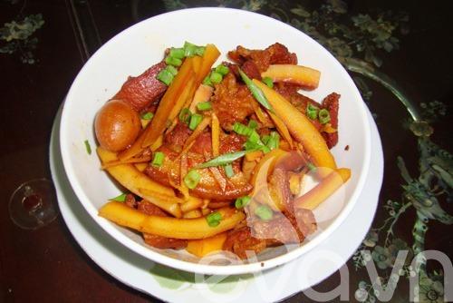 Hướng dẫn làm món thịt kho dừa
