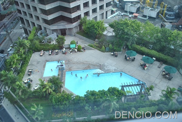 My Staycation At Crowne Plaza Manila Galleria Dencio Com