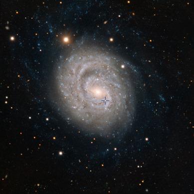 galáxia NGC 1637 e supernova SN 1999em