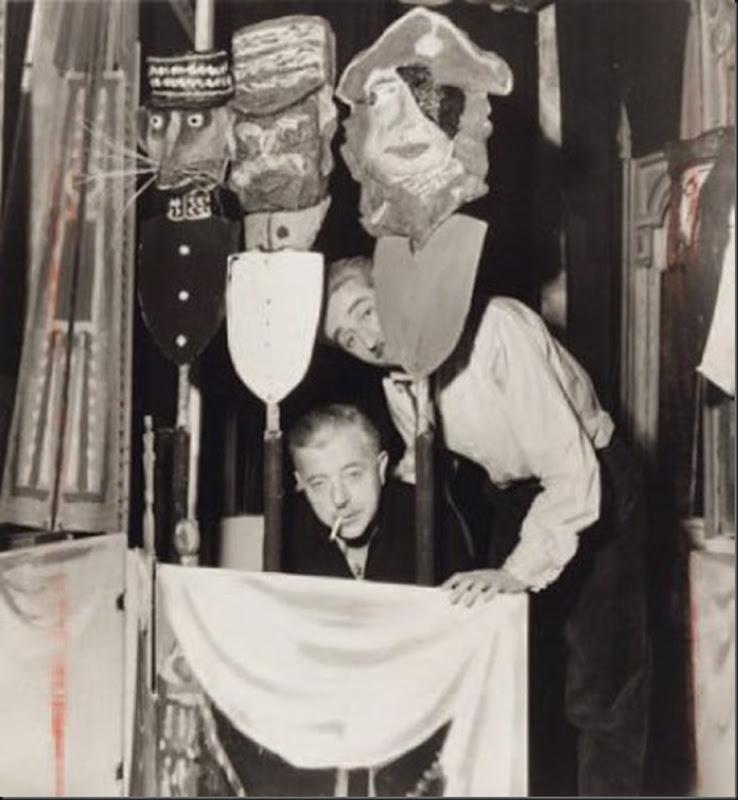 Le Groupe Octobre, Jacques Prévert  - Le Tableau des Merveilles dans le Grenier des Augustins avec Jean-Louis Barrault, etc., 1936.