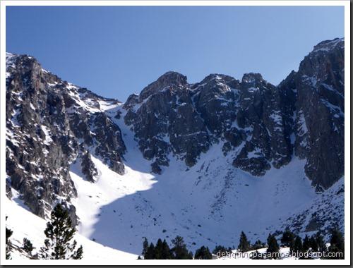 Corredor Gigolo 240m 65º IV (Cambre d'Aze 2750m, Cerdanya, Pirineos) (Isra) 8716