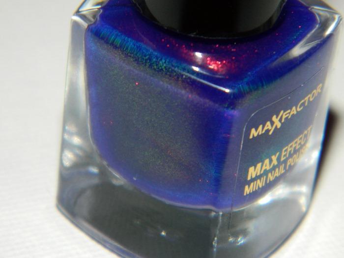 maxfactormaxeffectnailpolishfantasyfire453