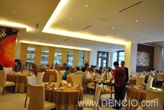 Phoenix Court Bellevue Manila 13
