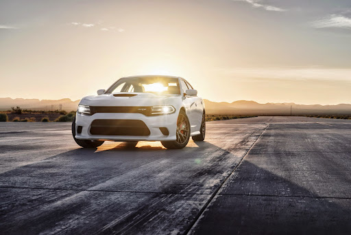 2015-Dodge-Charger-Hellcat-SRT-26.jpg