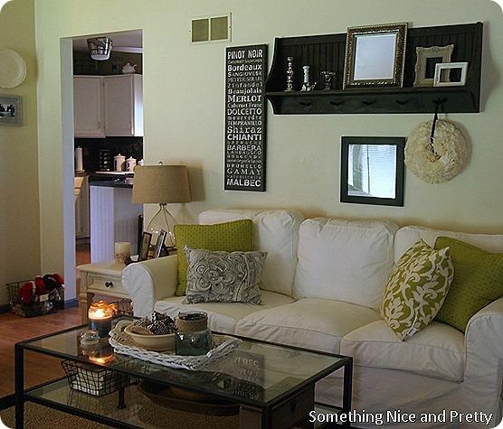 Around the Livingroom 002