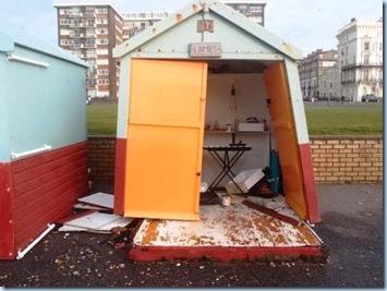 P1053032 trashed beach hut