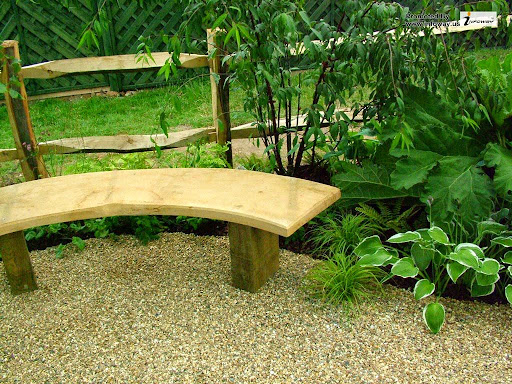 curved-wooden-garden-bench-design-ideas.jpg
