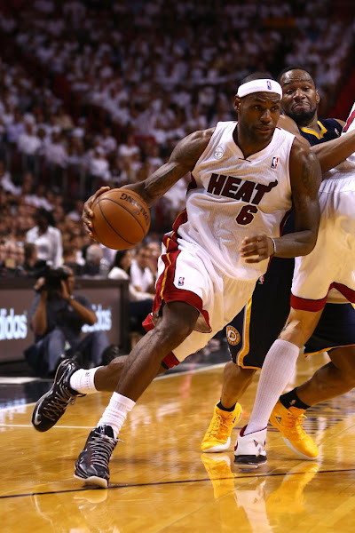 LeBron8217s Huge 3rd Quarter Carries Heat who Claim Game 5