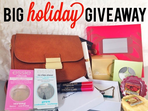 big blog giveaway free holiday gifts by dainte by spela seserko