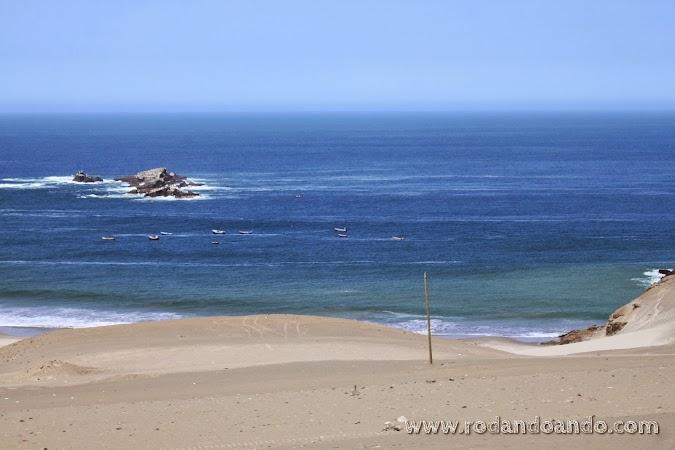 El mar nos acompañaba en algunos tramos
