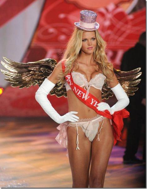victorias-secrets-models-2012-26