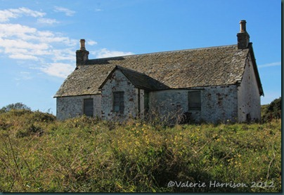 29-derelict-cottage