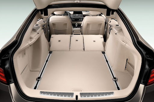 BMW-3-GT-35.jpg