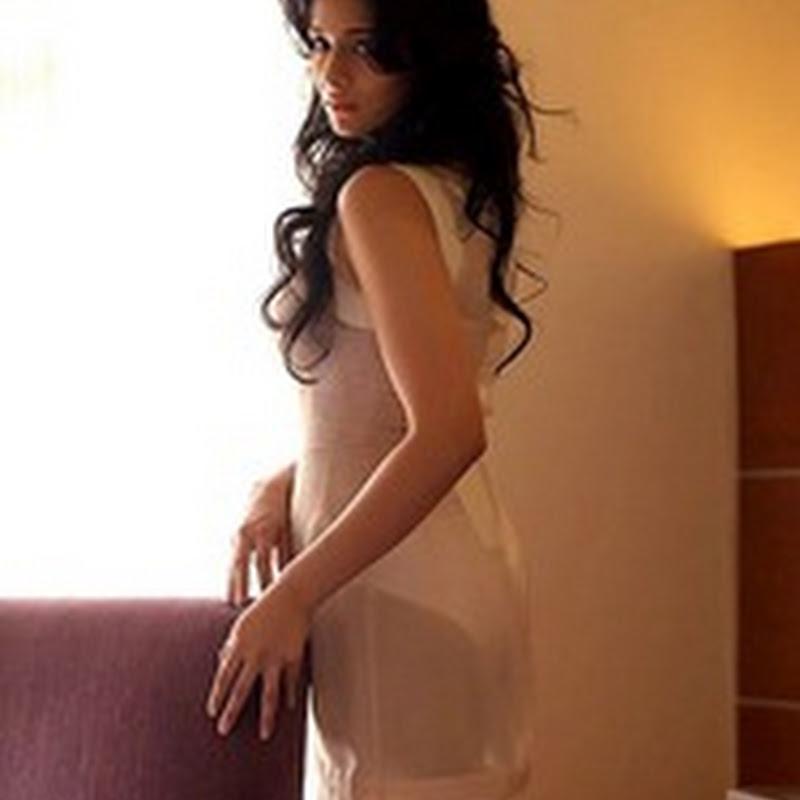 ESPN Anchor Mayanti Hot Photo Shoot