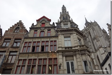 大聖堂 Oude Koornmarktより