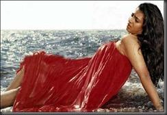 kasthuri in swim wear_hot