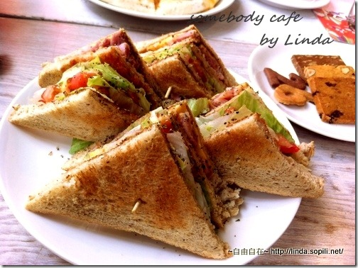 鮪魚三明治