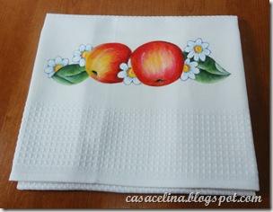 pano louça maçãs
