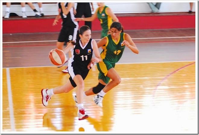 armadora_Erica_Prado_Espectros_basquete