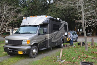 instead we settled in to Richardson Grove RV Park in Garberville