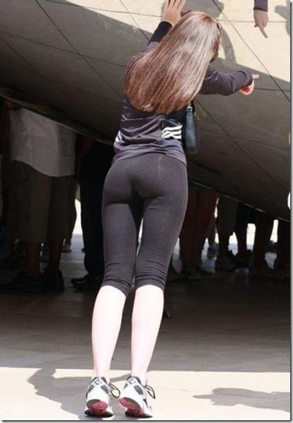 yoga-pants-pics-31