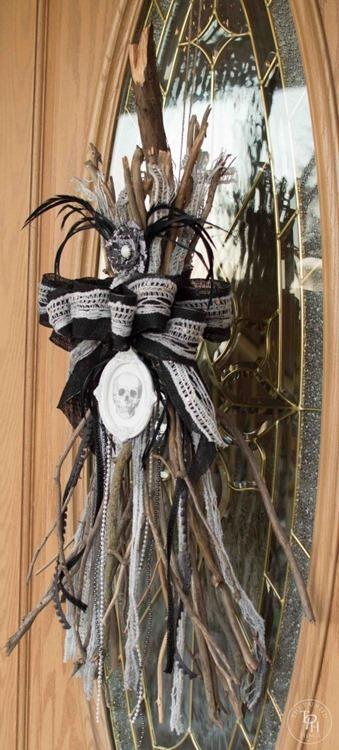Halloween-Broken-Witch-Broom-Swag-Tutorial-17-463x1024