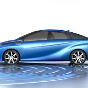 2013-Toyota-FCV-concept-2.jpg