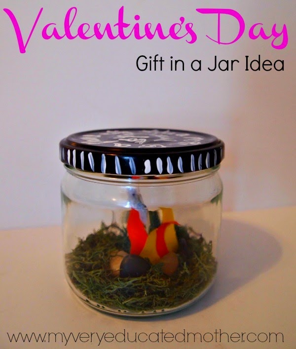 valentinesjaridea #ValentinesDay #crafts #giftinajar via @mvemother