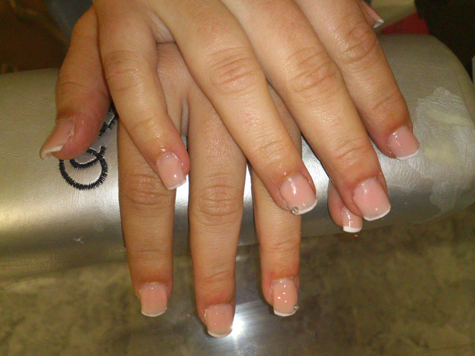 Sylnails u as de gel con tip transparente - Figuras de unas en gel ...