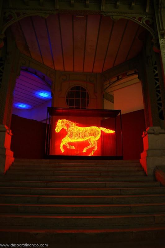 esculturas-luz-led-3D-desbaratinando (7)