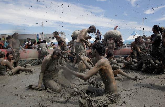 boryeong-mud-fest-2011-18