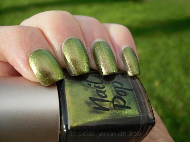 04-look-beauty-nail-pop-kimono-peridot-dupe-polish