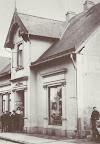 Bahnhofstr. 119 ca. 1910. W. Reinstorf aus: H. Siewert Rund um den Scharmbecker Marktplatz - damals. Verl. H. Saade, 1983.