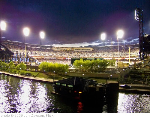 'PNC Park' photo (c) 2009, Jon Dawson - license: https://creativecommons.org/licenses/by-nd/2.0/