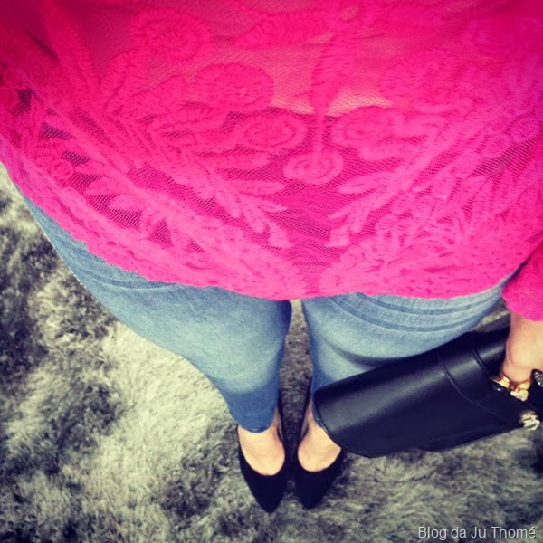 look blusa renda pink e jeans (2)
