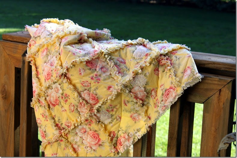 Yellow Rag Quilt 035