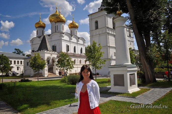 Kostroma_ipatievsky_monastery_8.jpg