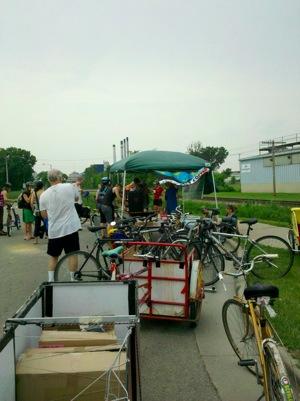 Bike path cart