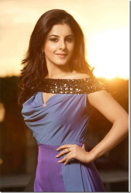 isha_talwar_new_beautiful_images