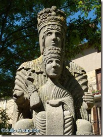 Virgen de Irache - plaza de la iglesia - Dicastillo