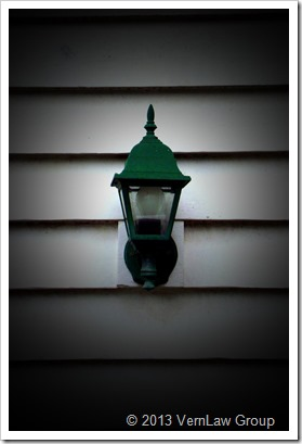 Porch_Light_Cybersht_154